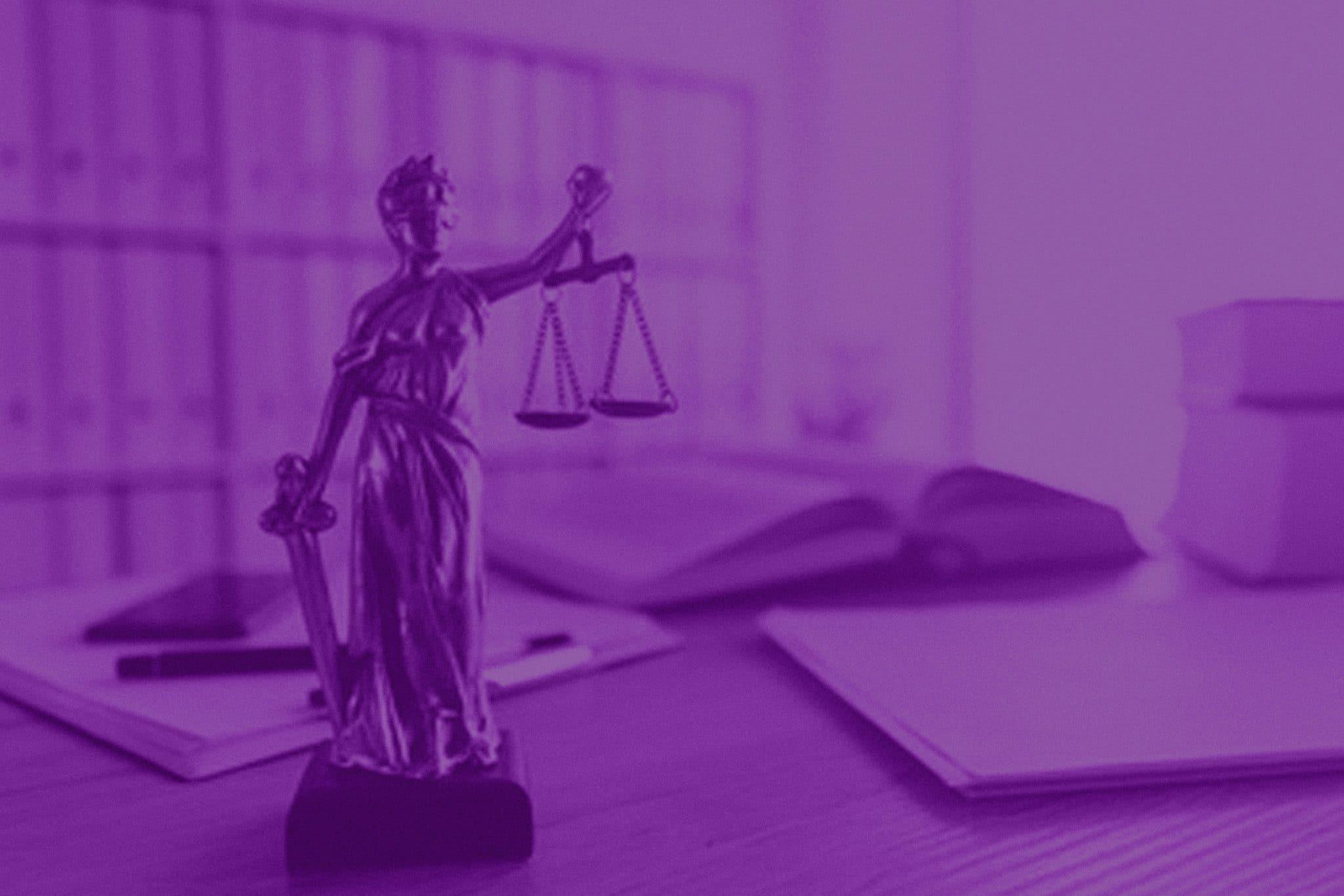 Como aprimorar a carreira jurídica com cursos de especialização
